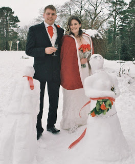 Susie and Tom and Snowmen 1